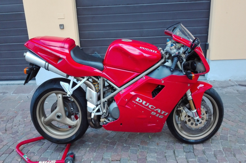 Ducati 916 biposto primissima serie