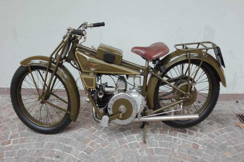 Moto Guzzi 500 Sport