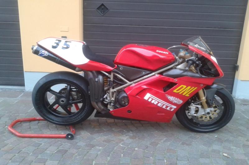 Ducati 916 Racing ex. Gregorio Lavilla