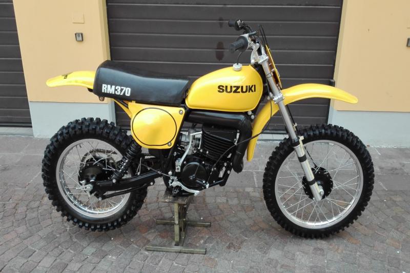 Suzuki RM 370