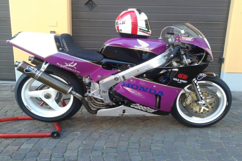 Honda RC 30 ex. Baldassarre Monti